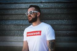 rotzevoll techno! t-shirt sierza