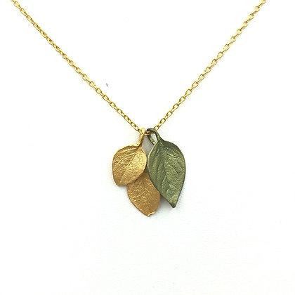 Triple Leaves Short Necklace
