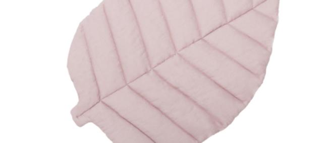 Tapis feuille en lin rose