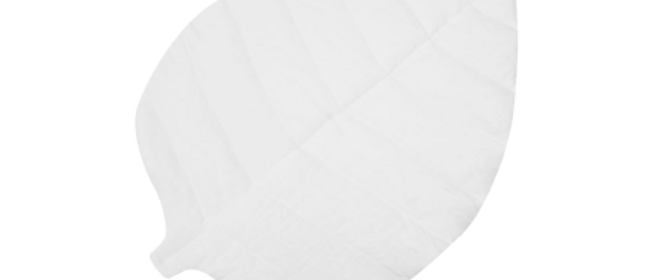 Tapis feuille en lin blanc