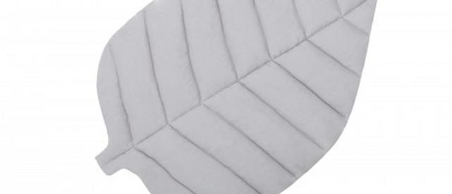 Tapis feuille en lin gris