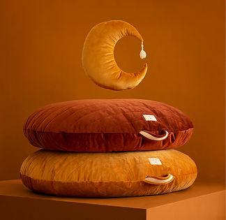 sahara-beanbag-pierrot-moon-velvet-cushi