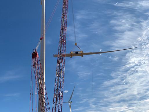 Vier Manitowoc Raupenkrane überzeugen in texanischem Windpark in den USA mit starker Leistung