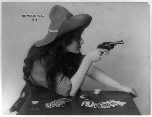 revolvergirl3b38564r.jpg