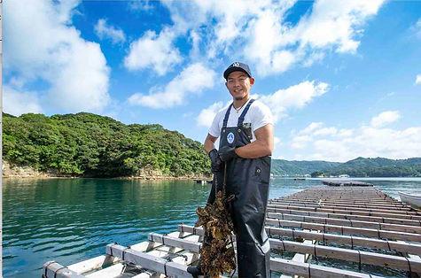 仮屋湾牡蠣