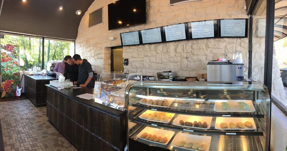 Golden Drops Cafe