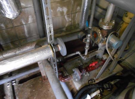 ろ過ポンプ・昇温循環ポンプの交換