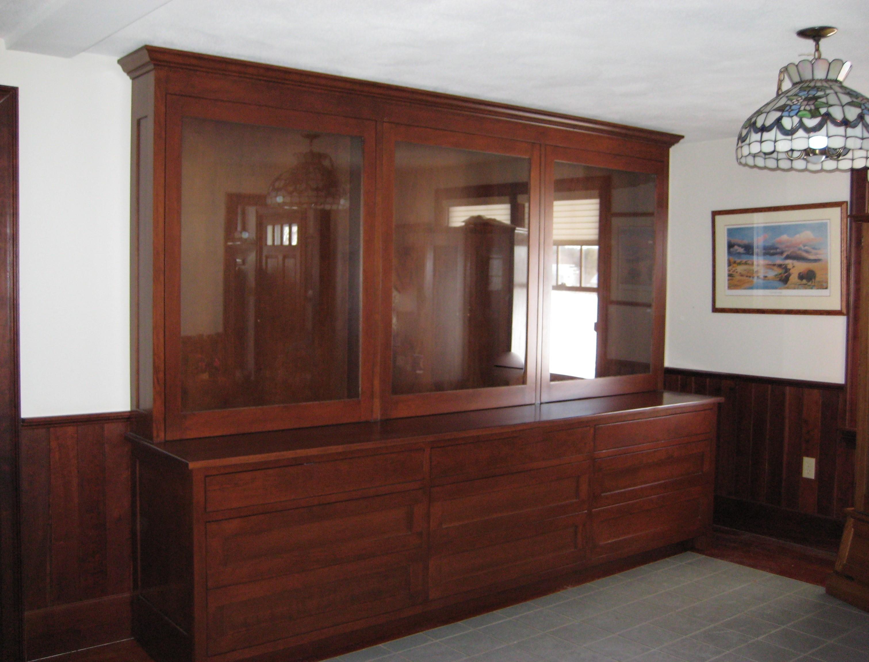 gun cabinet (2)