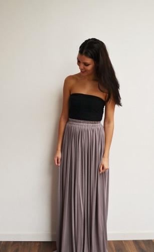43a71cf0437 Maxi jupe longue taupe taille haute longue hippie