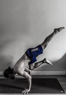 Conrado Souza - Yoga