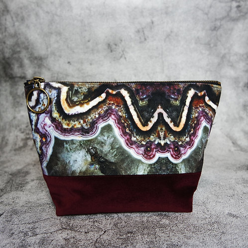 AGATE - Vegan Suede Washbag