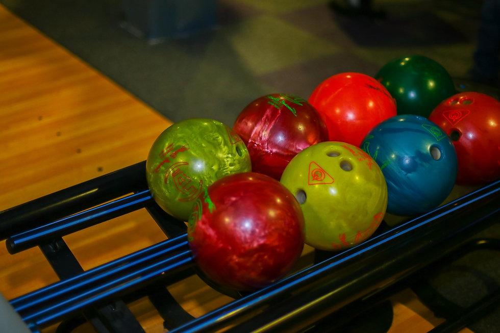 balls-4006721_1920_edited.jpg