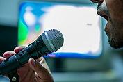 microphone-4547638_640.jpg