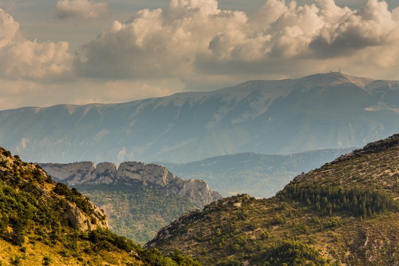 Le Saint Julien et le Mont Ventoux