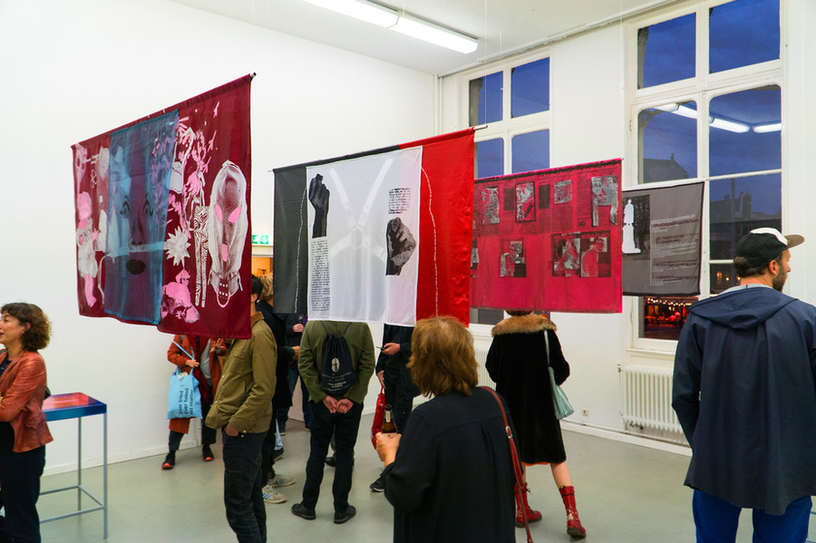 Quilt & silkscreen prints on mirror, Philipp Gufler, photo by Chun-Han Chiang