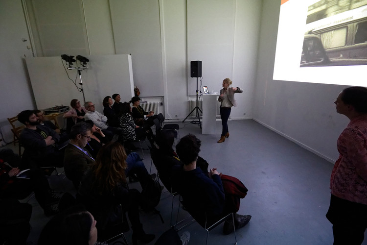 Magic Mirror. The Interplay of Freedom in the Participatory Work of Telewissen, Annemarie Kok , photo by Thomas Lenden