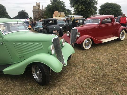 1934 Ford Sedan & 1934 Three-Window Coupe