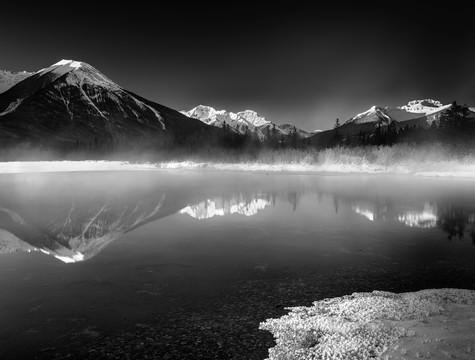 vermilion-lakes-banff.jpg