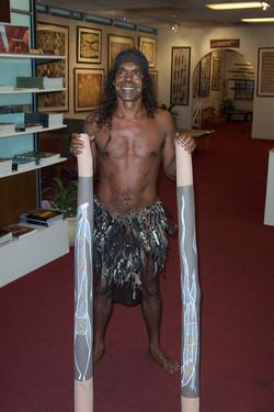Didgeridoo artist Eddie Blitner