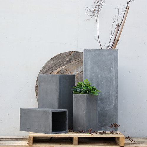 Naturaleza Tall Square Concrete Planter