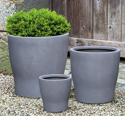 Naturaleza Concrete Round Planter