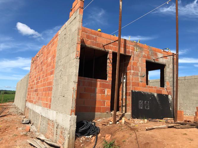 CONSTRUÇÃO CASA MODELO