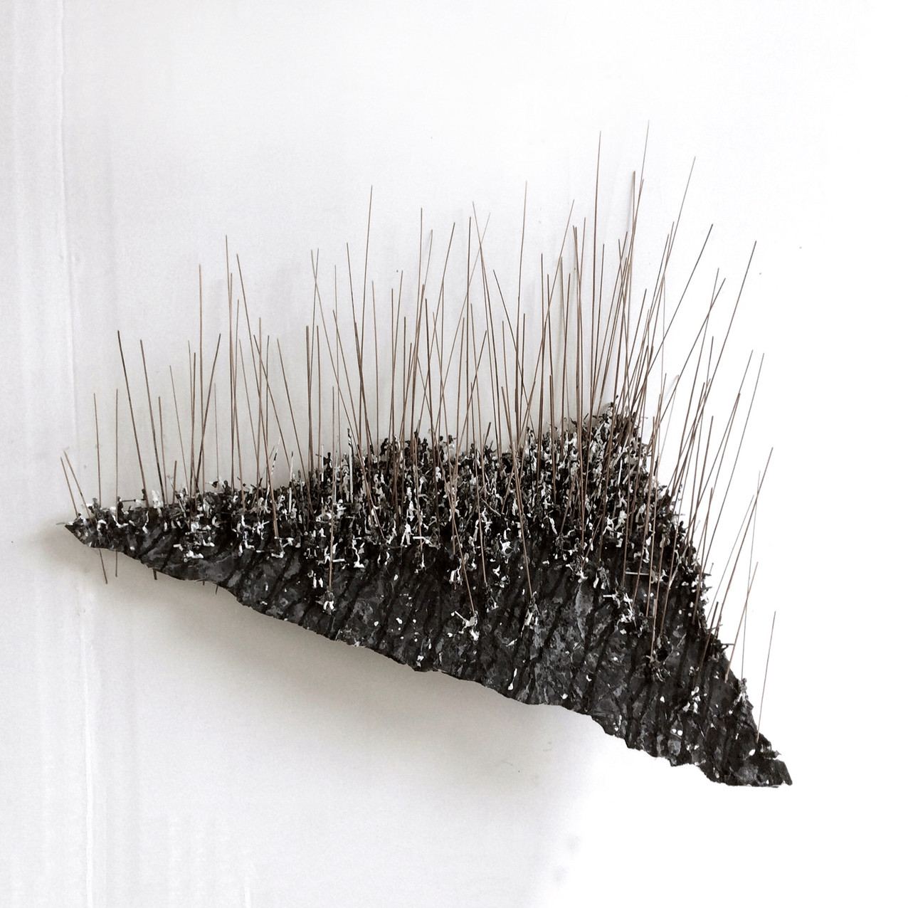 Lose Hill 2018, foam board, straw, plastic figure and acrlyic, 70x90x30cm