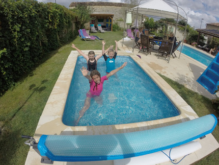 small pool for under 7's.