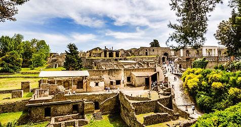 Pompei visit.jpg