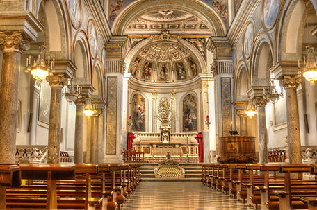 Basilica of Sant'Antonino Sorrento.jpg