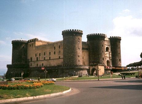New Castel Maschio Angioino.jpg