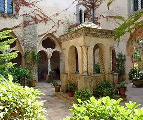 Villa Cimbrone Ravello.jpg