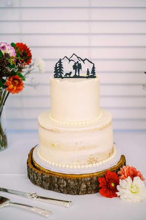 Rustic PNW Wedding Cake
