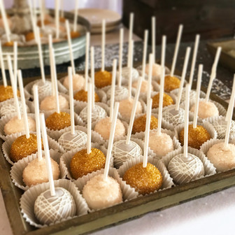 Rustic Wedding Cake Pops