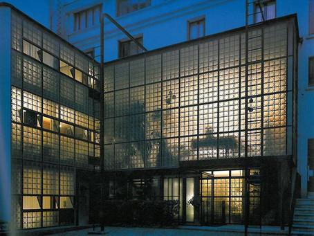 Glass Block Heads-Maison De Verre
