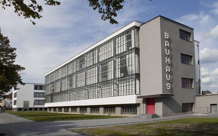 Gropius' Bauhaus curtain wall