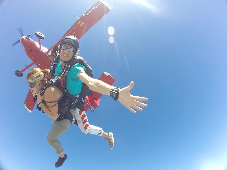 regalare un lancio in paracadute a casale monferrato