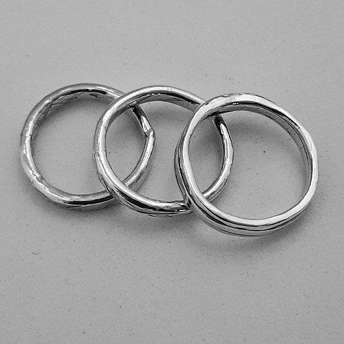 3 anneaux martelés