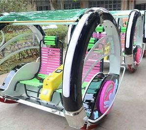 360-angles-balance-happy-le-bar-car-ride