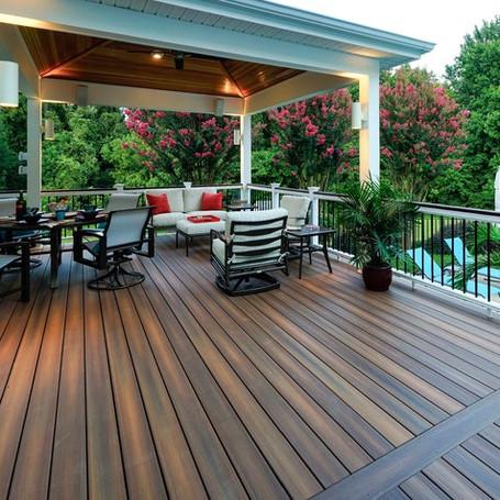 Derby Outdoor Deck