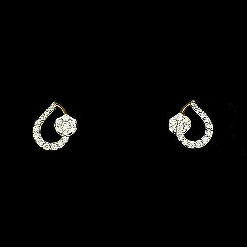 Sleek Pear Glorious Diamond Earring
