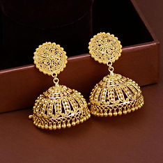 Traditional Jhumkis/Earrrings in Yellow Gold