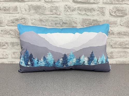 Fairfield Horseshoe Cushion