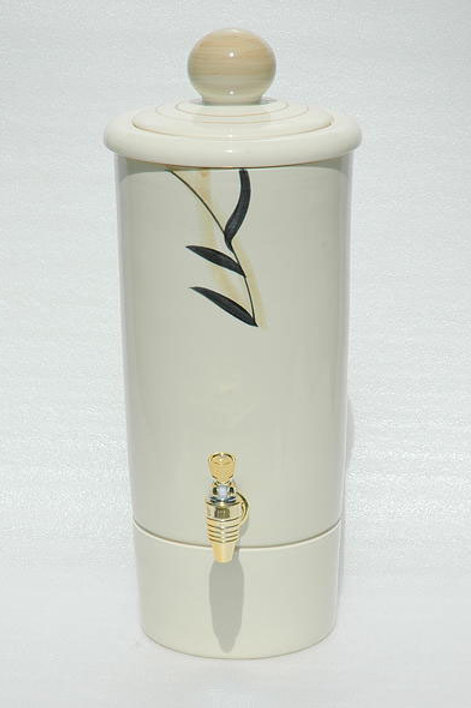 Tan Aqua-urn Water Purifier