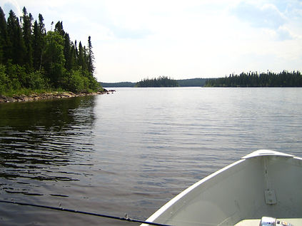 Expert Hunting & Fishing Guides at Lynn Lake