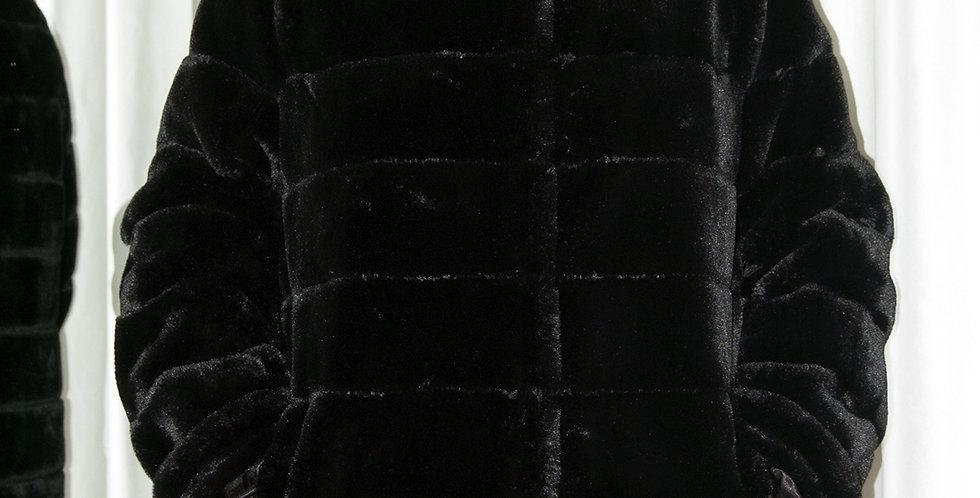 Pelliccia ecologica nera