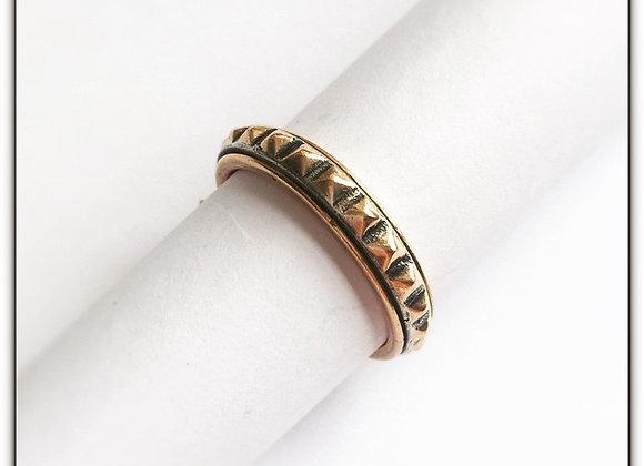 Corner ring