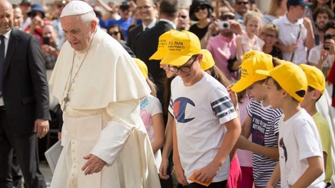 Papa Francisco aos jovens: Não destruam sua vida indo ao efêmero, escolham Deus!