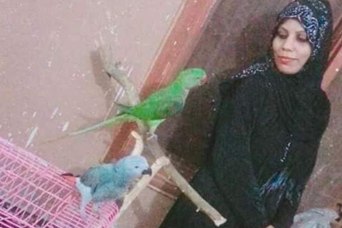 Asma, uma jovem cristã, é queimada e morta por se recusar a renunciar a sua fé para se casar, no Paq
