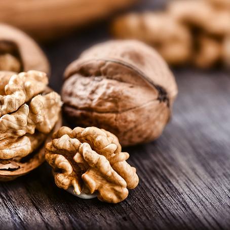 Walnuts (Akhrot) : The nutritious secret to birthing a brainy baby!